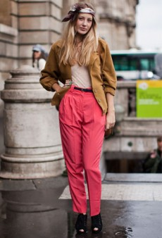 Look of the Moment: Bright Pink Pants