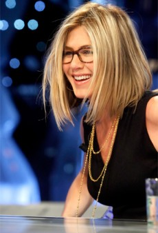 Jennifer Aniston Bobs Her Hair; ANTM Premieres Tonight!