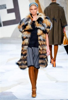 Fendi Fall 2011 Runway Review