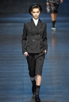 Dolce & Gabbana Fall 2011 Runway Review