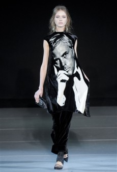 Giorgio Armani Fall 2011 Runway Review
