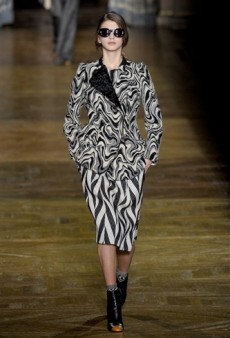 Dries Van Noten Fall 2011 Runway Review
