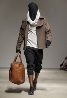 B:Scott Fall 2011 Runway Review