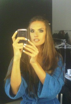 Alessandra Ambrosio Gets Glam and Other Celeb Twitpics of the Week