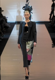 Giorgio Armani Prive Haute Couture Fall 2011 Runway Review