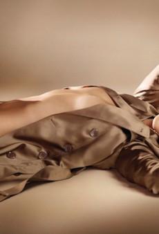 Rosie Huntington-Whiteley is the Burberry Body (Forum Buzz)