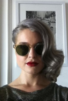 Kelly Osbourne is Going Gray, Paris Hilton vs. the Paparazzi and Other Celeb Twitpics of the Week