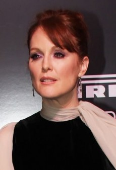 Julianne Moore: Look of the Day