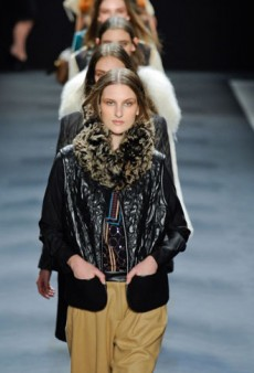 Vivienne Tam Fall 2012 Runway Review