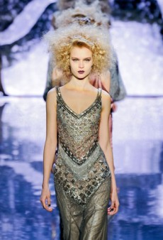 Badgley Mischka Fall 2012 Runway Review