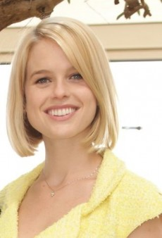 Alice Eve: Look of the Day