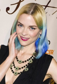 Jaime King Goes from Blonde to Blue (Forum Buzz)