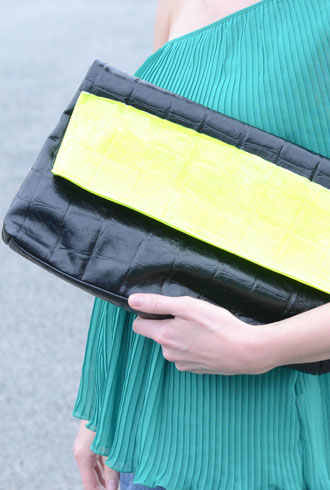 file_173029_0_neon_clutch-cover