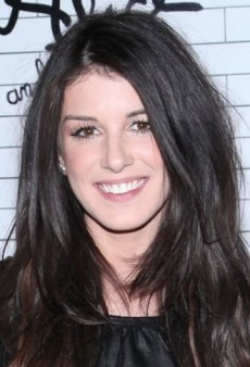 Shenae Grimes: Look of the Day