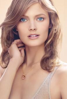 Estée Lauder Invisible Fluid Makeup Revolutionizes Foundation