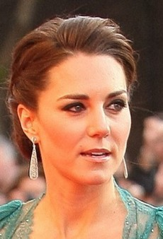 Catherine, Duchess of Cambridge: Look of the Day – Pleated Chiffon Gown