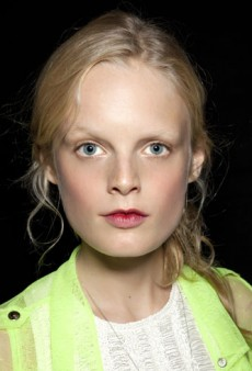 Soft-Focus Beauty: Want a Less-Polished Look You Can Wear Every Day?