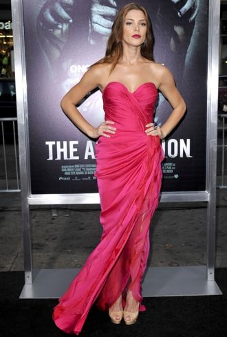 file_175557_0_ashley-greene-los-angeles-premiere-of-the-apparition-cropped