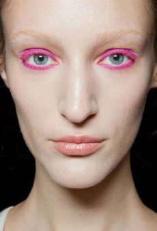 Pink Eyes, Cotton Candy Hair, and More Amazing NYFW Beauty