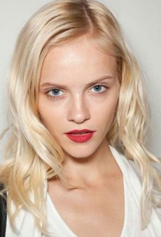 Bold Lips, Two-Tone Eyes, and More Amazing Beauty Looks from LFW