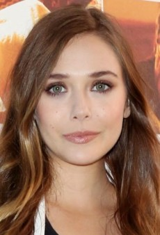 Look of the Day: Elizabeth Olsen Takes the Less is More Approach with Topshop and ASOS