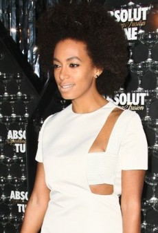 Look of the Day: Solange Knowles' Ivory Esteban Cortazar Cut-Out Dress
