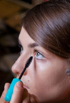 Beauty On the Go: Get the Perfect Subway Makeup Routine
