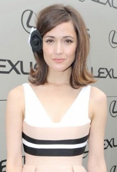 Look of the Day: Rose Byrne is Off to the Races in Custom Alex Perry Dress