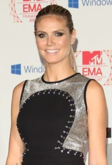 Look of the Day: Heidi Klum's Chainmail-Paneled Versace Fall 2012 Dress