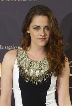 Look of the Day: Kristen Stewart Covers Up in Julien Macdonald