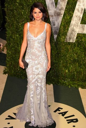 Selena Gomez 2012 Vanity Fair Oscar Party West Hollywood Feb 2012 cropped