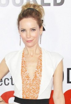 Look of the Day: Leslie Mann Looks Radiant in Vionnet