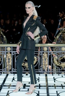 Atelier Versace Haute Couture Spring 2013: 24 Karat Gold, Mink and More High Impact Glam