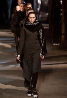 Y-3 Fall 2013 Runway Review