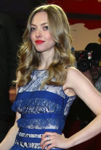 Amanda Seyfried 63rd Berlin International Film Festival premiere of Lovelace cropped