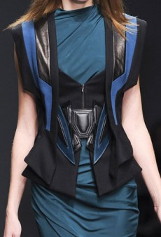 Fall 2013 Will Be All About Your Shoulders: LFW Trend Report