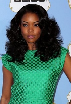 Look of the Day: Gabrielle Union Goes Vintage Glam in Green Versace Dress