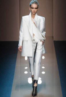 Gianfranco Ferre Fall 2013 Runway Review