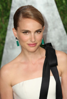 Put a Bow on It Like Natalie Portman, Kerry Washington and More