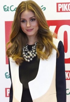 Look of the Day: Olivia Palermo Presents the New Pikolinos Collection in Diane von Furstenberg