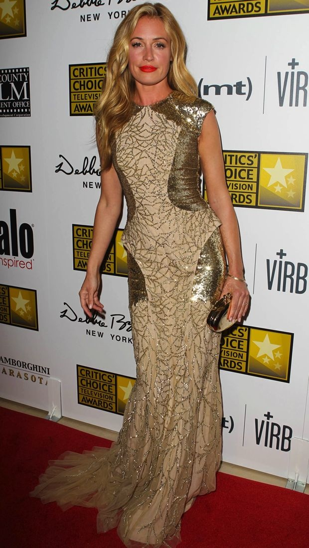 Cat Deeley Goes Glam in Monique Lhuillier at the 2013 Critics