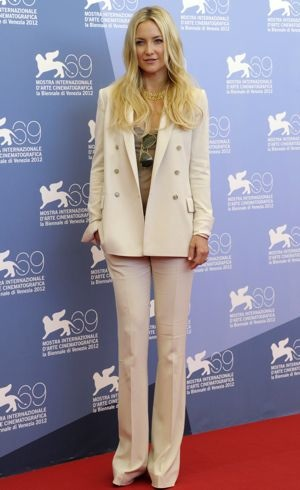 Kate-Hudson-69th-Venice-International-Film-Festival-The-Reluctant-Fundamentlist-Photocall-Aug-2012