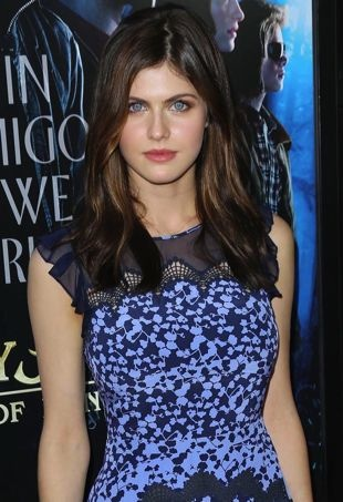 Alexandra-Daddario-premiere-of-Percy-Jackson-Sea-of-Monsters-Los-Angeles-portrait-cropped