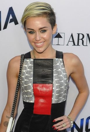 Miley-Cyrus-Los-Angeles-Premiere-of-Paranoia-portrait-cropped