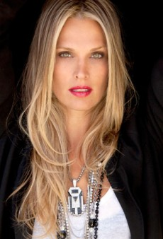 21 Questions with…Model/Actress Molly Sims