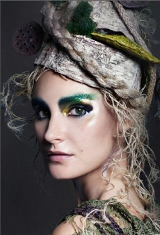 Link Buzz: CoverGirl for The Hunger Games; Runway Show Soundtracks