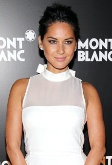 Olivia Munn's White Viktor & Rolf Resort 2014 Halter Dress