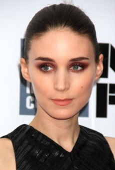 Be Daring with Rooney Mara's Unexpected Eye Makeup