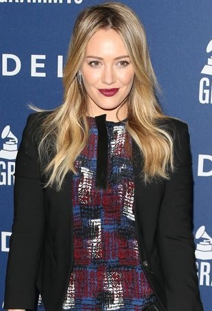 Hilary-Duff-Delta-Air-Lines-2014-Grammys-Weekend-Party-West-Hollywood-portrait-cropped
