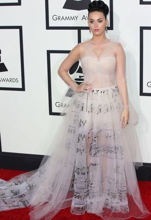 Katy-Perry-56th-Annual-Grammy-Awards-Los-Angeles-portrait-cropped